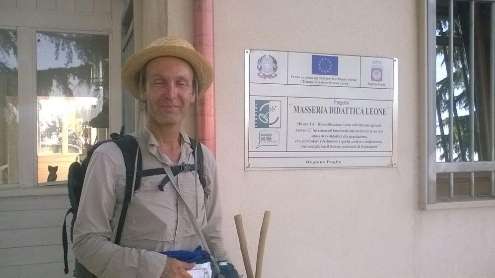 Joseph, pellegrino francese sulla Via Francigena del Sud: fa tappa a Cerignola (Fg) e si racconta