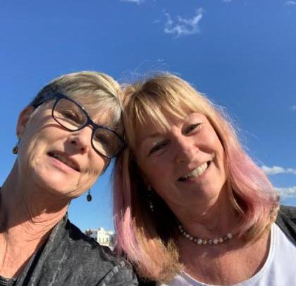 Abbandonano New York e scelgono di vivere a Bari: la scelta di due americane doc in pensione