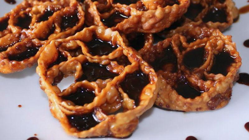 Cartellate: i dolci tipici pugliesi per le feste natalizie, ecco la ricetta originale