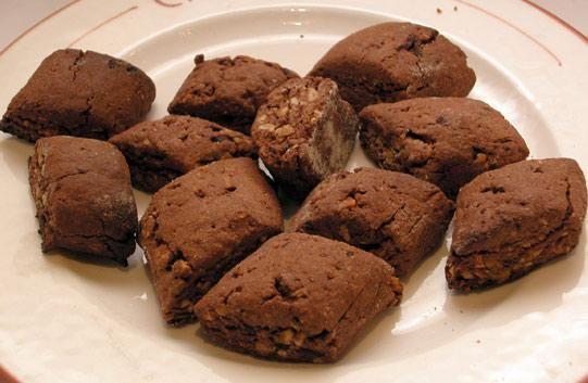 Mostaccioli pugliesi al Vincotto: antica ricetta e varianti gustose