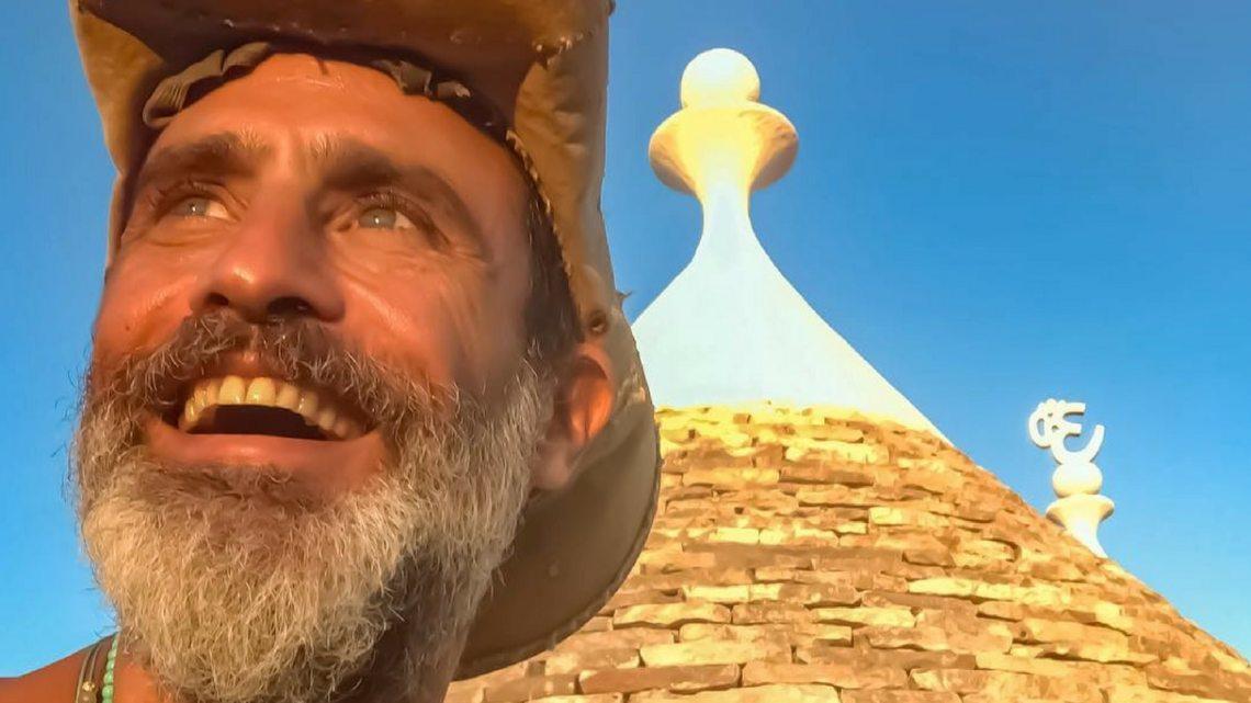 Vip che amano la Puglia: Raz Degan nel suo paradiso a Cisternino (Br)