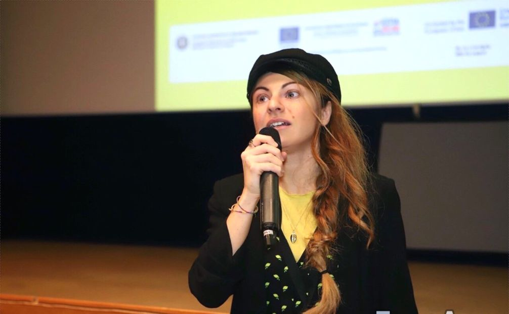 """""""Emergency Exit"""" dalla Puglia al mondo: il film di Brunella Filì sulla fuga dei cervelli all'estero"""