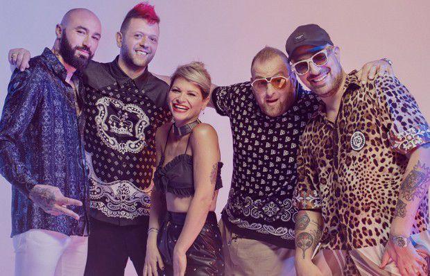 """Alessandra Amoroso e Boomdabash : Il Salento è rappresentato da """"Karaoke"""""""