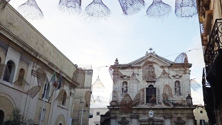 """""""Volevo stare vicino al mare"""": Anna, dalla Russia, acquista casa nel centro storico di Taranto ad un euro"""