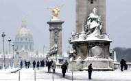Paris - @ParisAMDParis - Pont Alexandre III - 9 feb