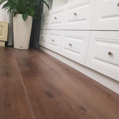 Ламинат Apol Perfecto Шоколадный дуб Choco Oak 560-3
