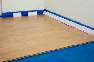 Laminate Floor Underlayment install underlayment Laminate Underlayment Do Not Use A Vapor Barrier Retarder On Wood Sub Floors