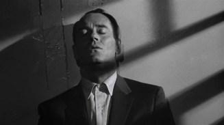 The Wrong Man (1956) 720p BluRay.x265 HEVC SUJAIDR.mkv_snapshot_00.46.07_[2016.02.22_20.55.23]