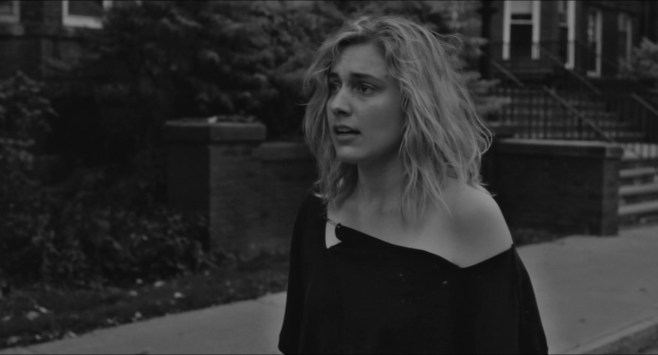 Frances.Ha.2012.LIMITED.720p.BRRip.XviD.AC3-RARBG.avi_snapshot_01.16.35_[2016.04.21_22.53.39]