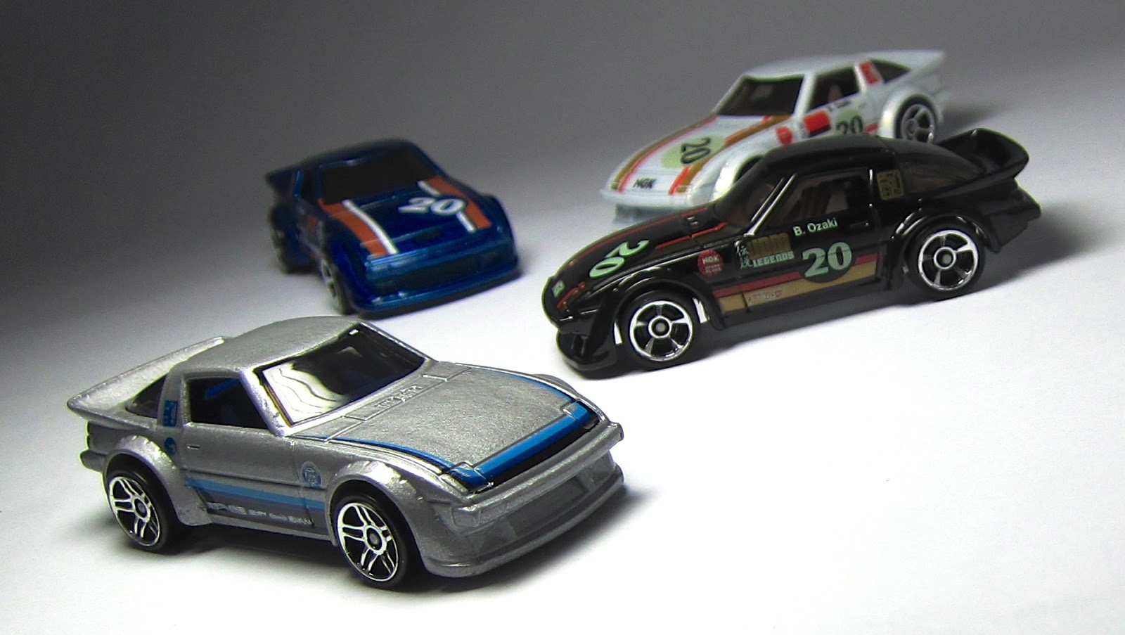 First Look: Hot Wheels Mazda RX-7 Treasure Hunt ...