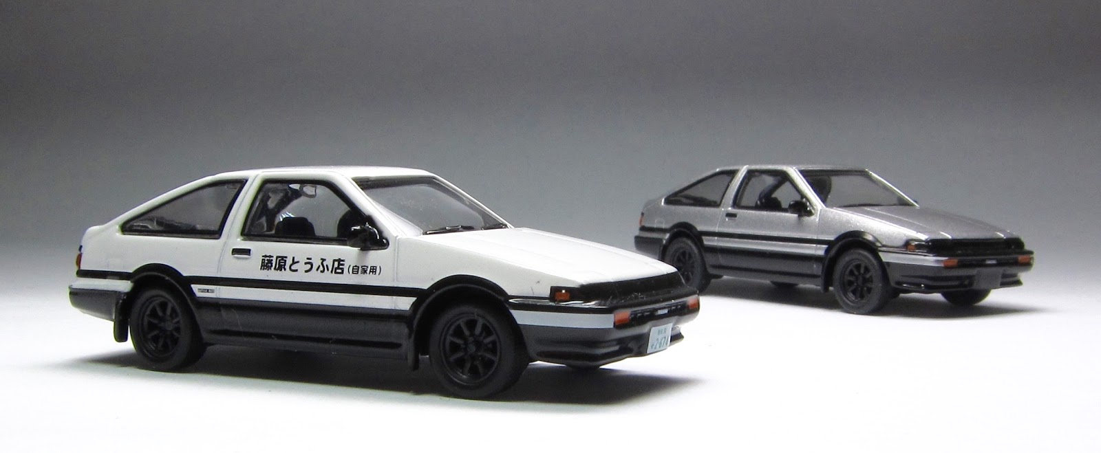 first look kyosho initial d toyota ae86 sprinter trueno thelamleygroup. Black Bedroom Furniture Sets. Home Design Ideas