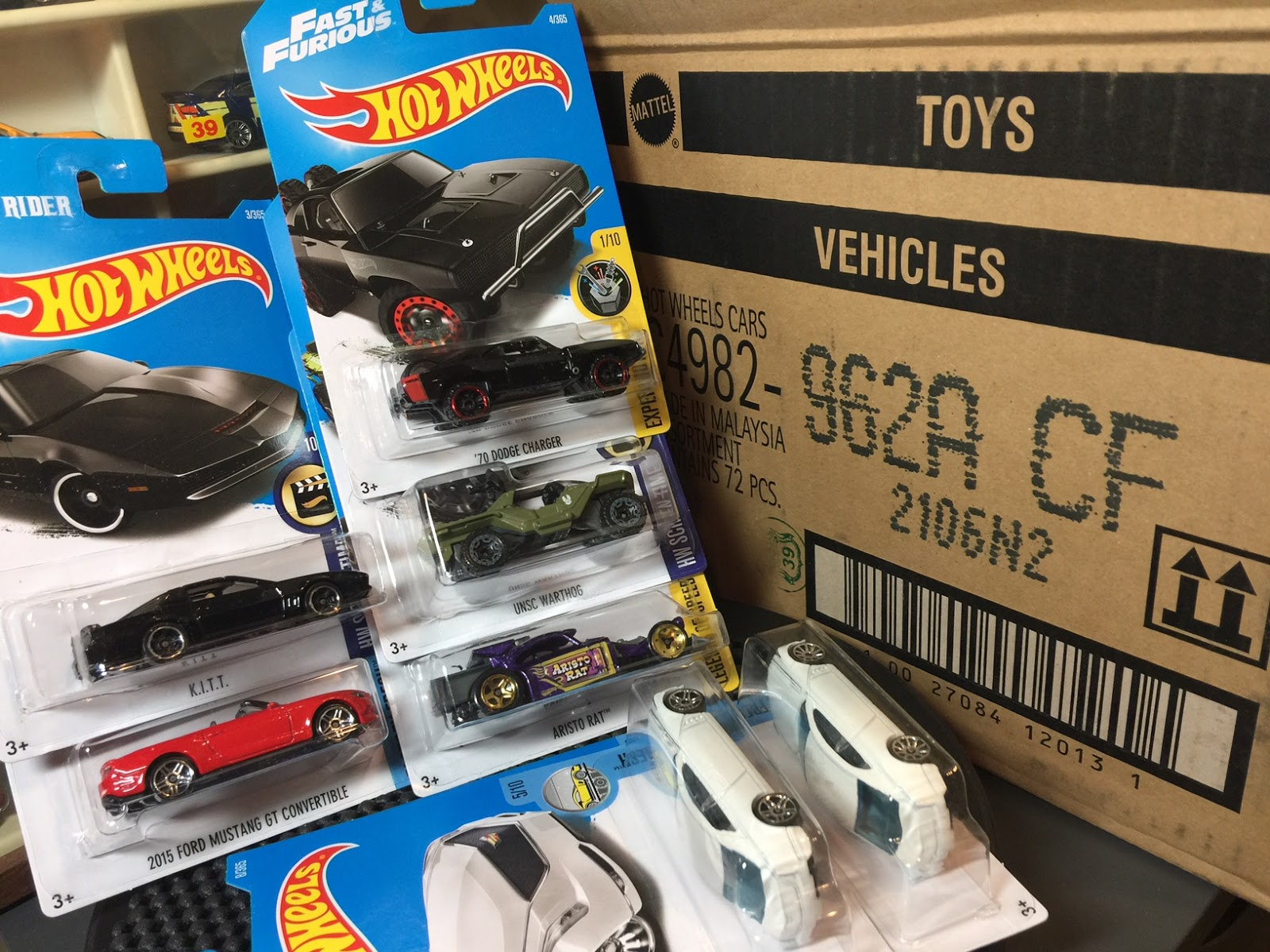 Unboxing: Opening a 2017 Hot Wheels A Case (and a variation alert)…