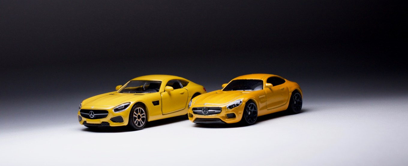 A tale of two mercedes benz amg gt by hot wheels for Hot wheels mercedes benz