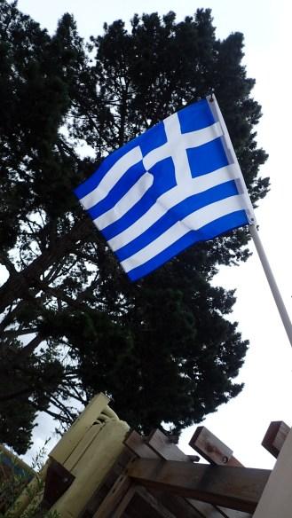 Η Ελληνική Σημαία κυματίζει στο Carmel-by-the-Sea / The Greek Flag in Carmel-by-the-Sea