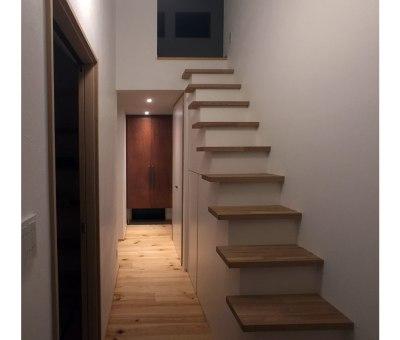 造作階段家具