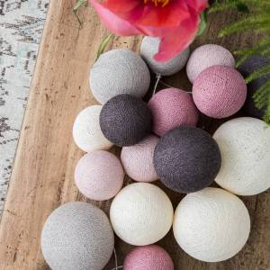 Cotton Ball Lights Premium lichtslinger roze - Velvet Pinks