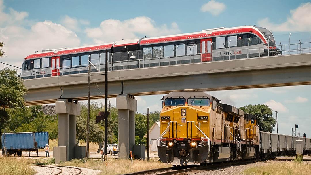 Capital MetroRail commuter & Union Pacific Train
