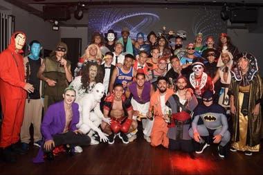 La fiesta de disfraces de Vélez: futbolista se disfrazó del