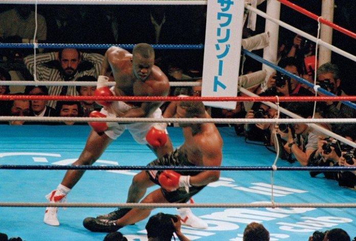 Tyson, noquedo por Buster Douglas en el 90.Una pelea inolvidable. (Foto: Archivo Clarín)