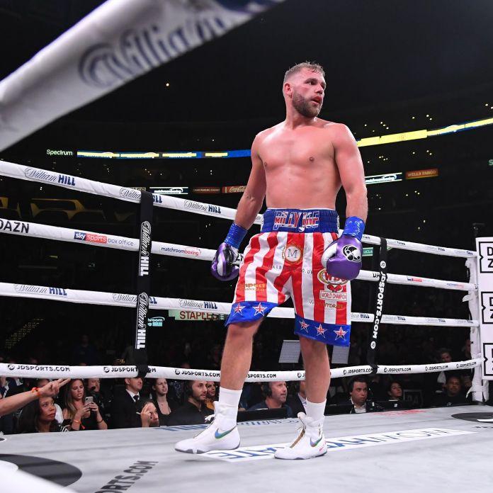 Multa para boxeador británico que explicó cómo pegarle a las mujeres