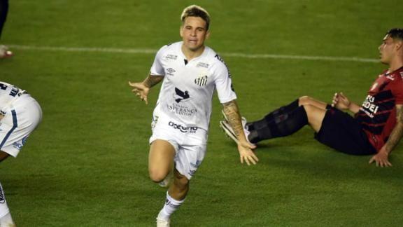 Soteldo marcó su primer tanto de la temporada con destacada actuación en el Santos