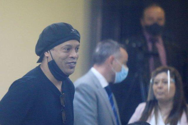 Ronaldinho y su hermano son puestos en libertad tras cinco meses retenidos en Paraguay