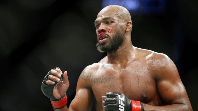 Un luchador de UFC mata a un jabalí y se disculpa atizando a sus críticos: