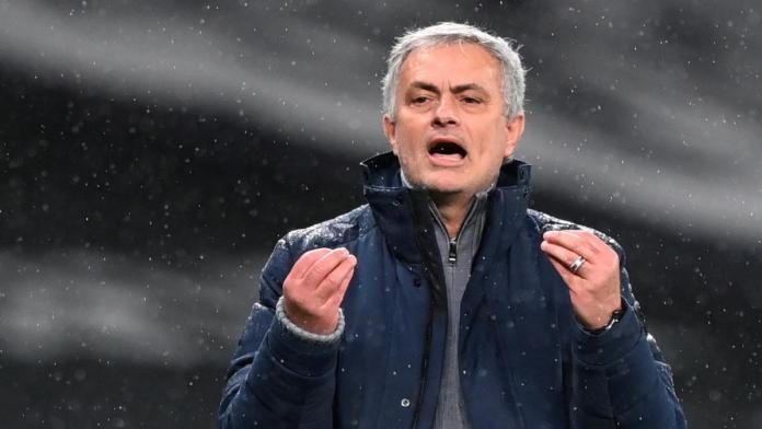 Gana 5.000 libras gracias a la derrota del Tottenham y se las gasta en un anuncio burlándose de Mourinho