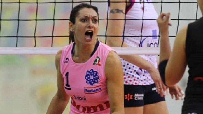 Un equipo de voleibol italiano despide y denuncia a una jugadora por salir embarazada sin avisar
