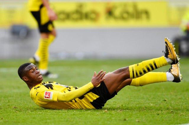 Escándalo del fútbol: Joven promesa del Borussia Dortmund dejó encerrada a su ex novia