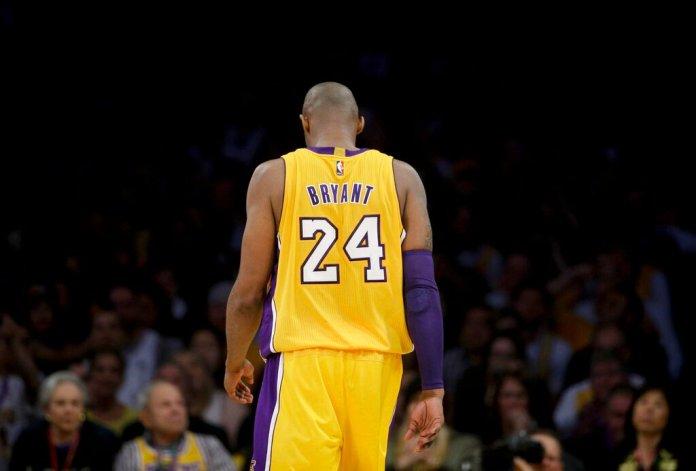 Kobe Bryant exaltado al salón de la fama de la NBA en un emotivo acto