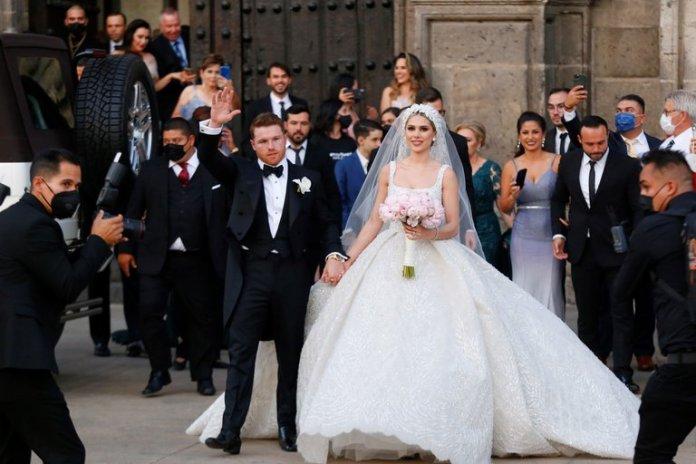 La increíble cifra que cobró Maná por cantar en la fastuosa boda del Canelo Álvarez