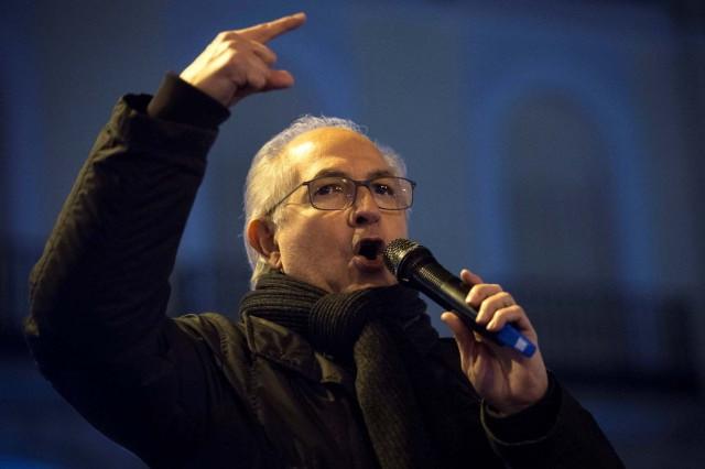 Antonio Ledezma: Régimen de Maduro monta circo en la AN con falsos diputados