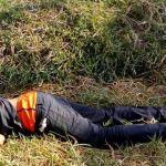 El hombre encontrado muerto y con impactos de bala, en Caño Tigre, no fue identificado por cuanto carecía de documentación