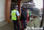 Funcionario de órganos de seguridad continúan en algunos locales de la ciudad. (Foto/Johnny Parra)