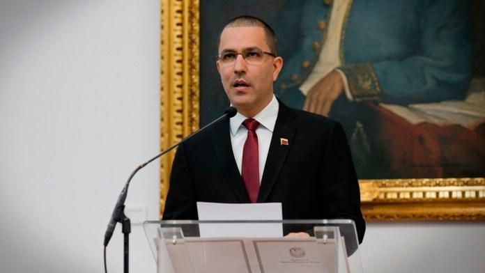 Brasil suspendió credenciales a diplomáticos de Maduro