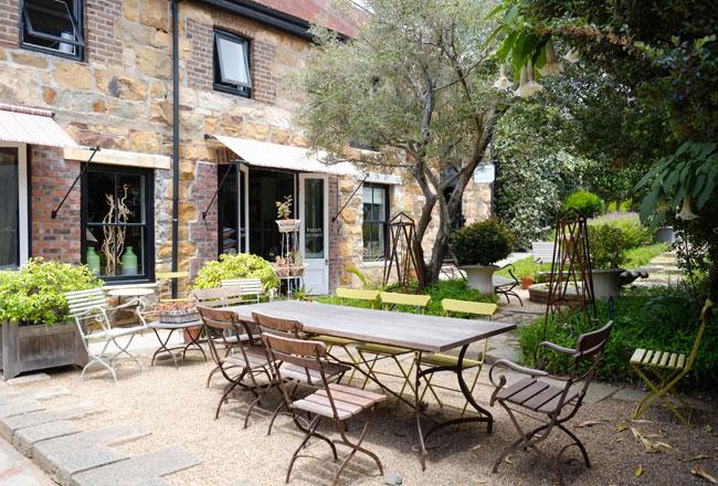 Chelsea Courtyard garden