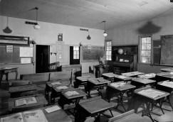 cobblestone-schoolhouse-orleans-new-york