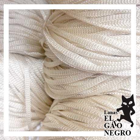 Lanas-El-Gato-Negro-Florencia-3