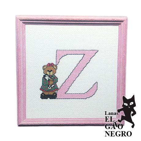 bordado letra Z osita rosa