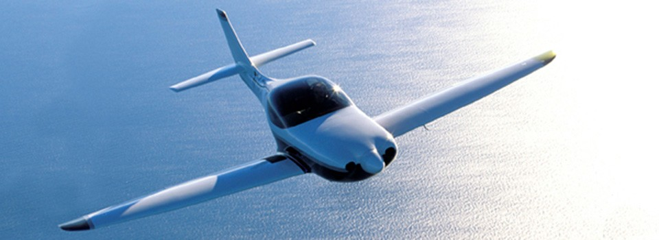Lancair Legacy in flight