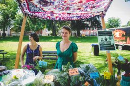 Blue Rock Farmers EK and Caitlin selling their produce. Photo: Ali & Paul Co.