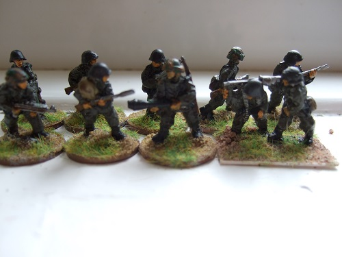 Pz grenadiers assualting