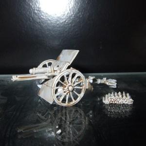 18pdr classic British field gun +3 crew