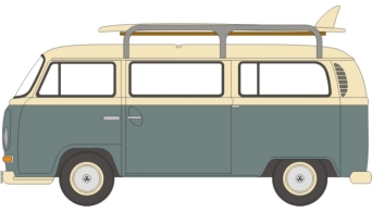 BLUE/WHITE VW BUS Q4/2009