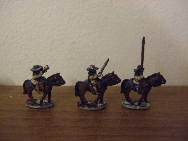 floppy hat cav command officer, trumpet, standard