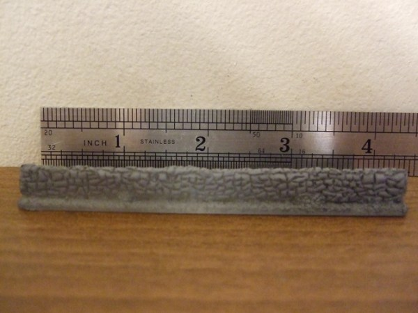 4x 4inch length of wall total 16 inches