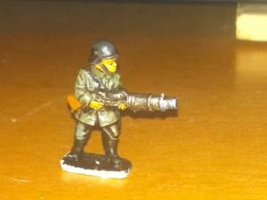 2 Germans  advancing with lewis gun