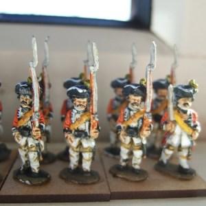 6x Line infantry advancing
