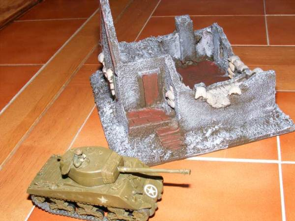 Arnhem ruined cottage